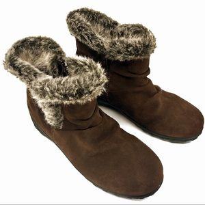 Khombu suede and faux fur booties